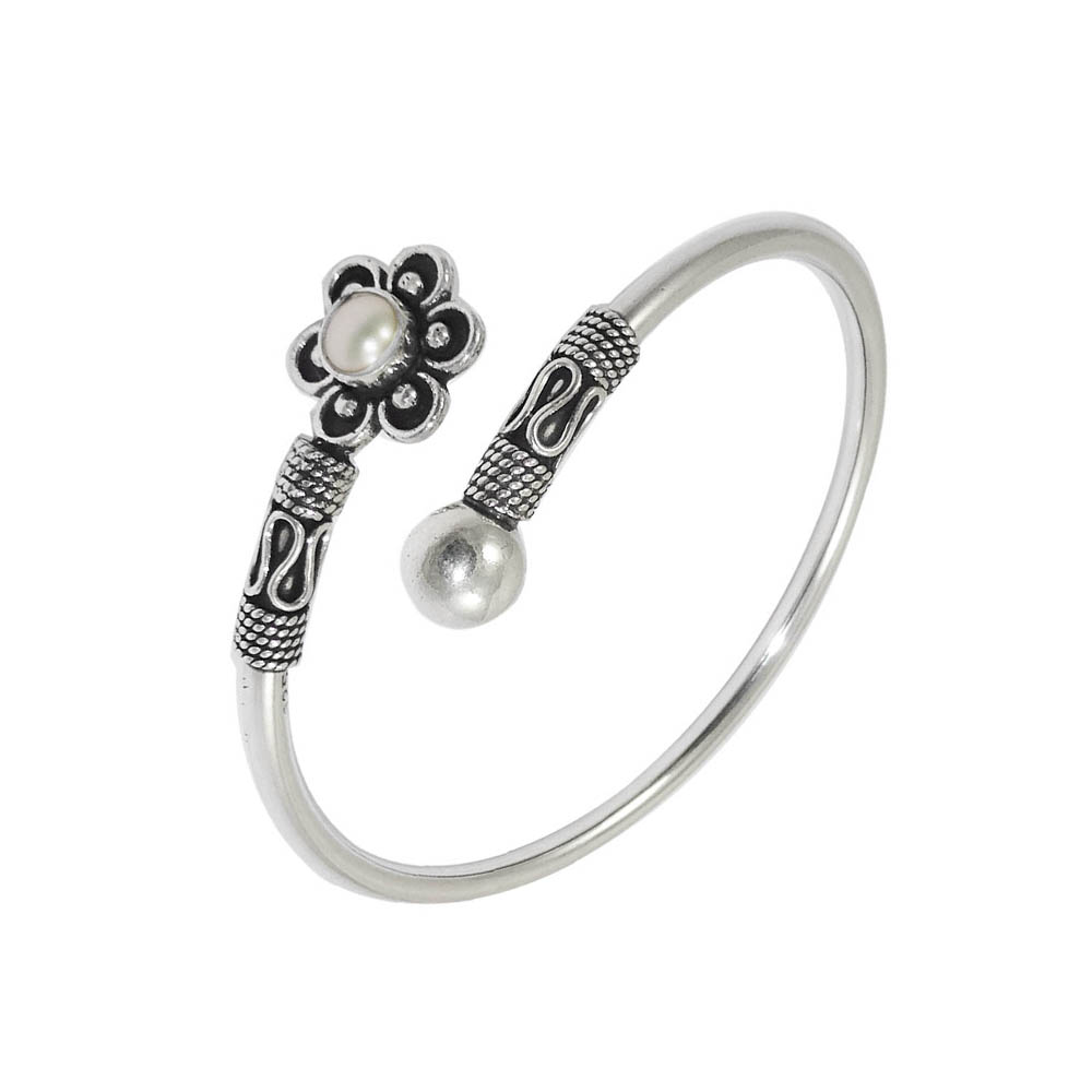 Fancy  Floral Synthetic Pearl Oxidized Flexi Silver Bracelet