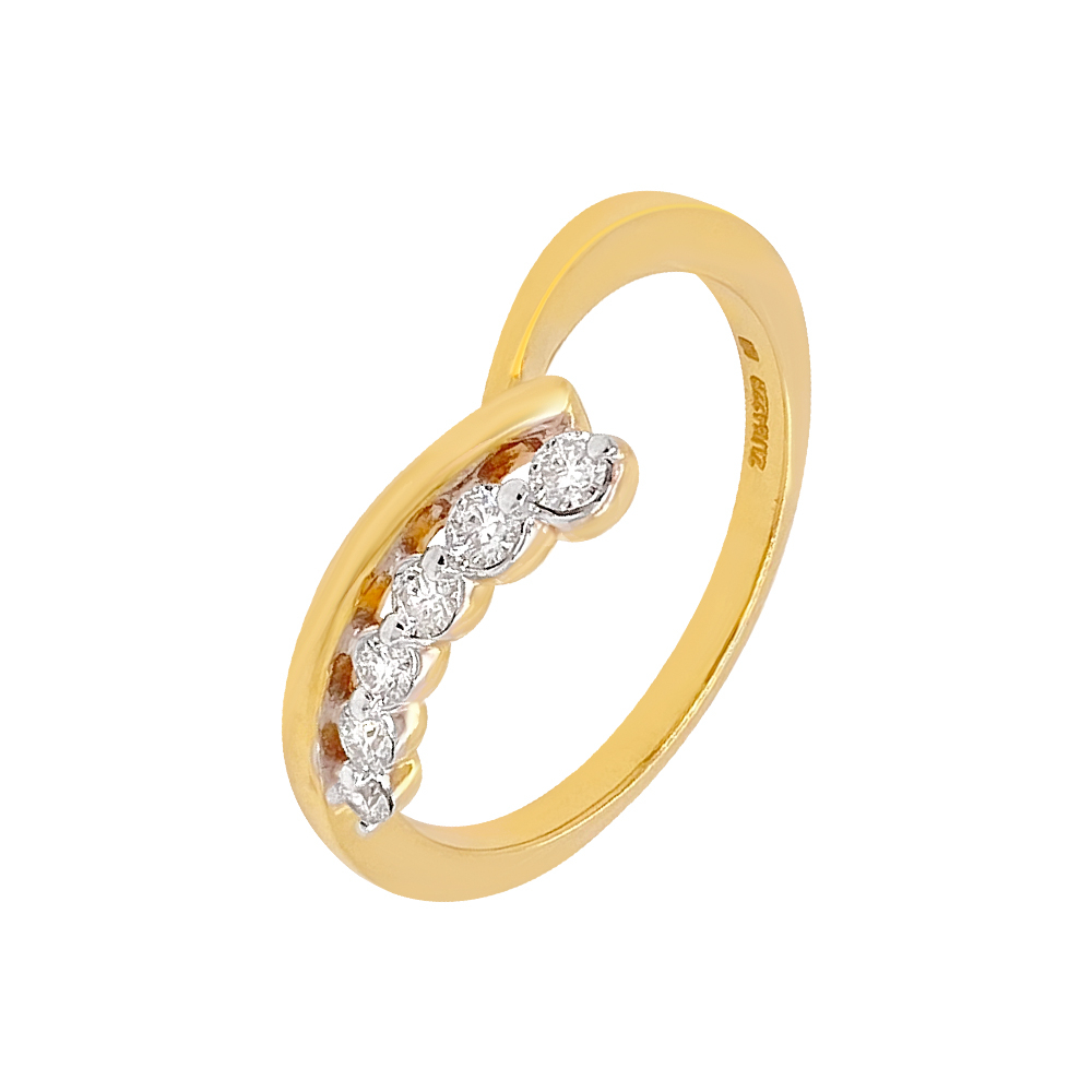 Dainty Regular Wear Diamond Ring