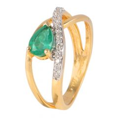 18kt Gold Pave Set Diamond With Pear Cut Emerald Studded Stone Ring - 117-A9213