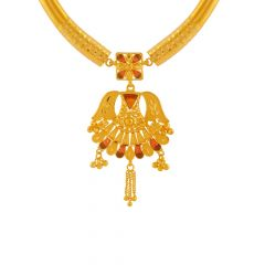 Regal Traditional Gold Chain Pendant