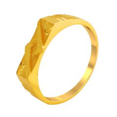 Classic Traditional Gold Ring