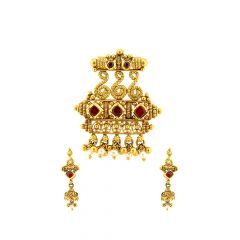 Stylish Cutout Ruby Gemstone Gold Tanmaniya Set