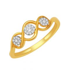 Glittering Cluster Interlinked Gold Diamond Ring