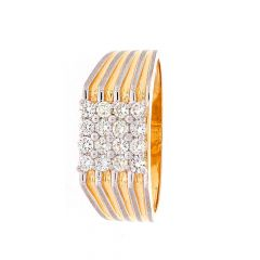 Elegant Glossy Finish Grooved Design Diamond Ring