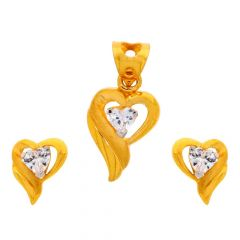 Glossy Finish Heart Design With CZ Studded Gold Pendant Set