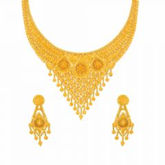 Glossy Finish Floral Pear Drop Chokar Design Gold Necklace Set