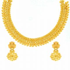 Embossed Traditional Design Gold Necklace Set