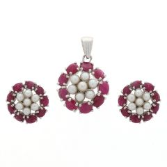 Glossy Finish Floral Design Studded With Synthetic Pearl And Ruby Silver Pendant Set