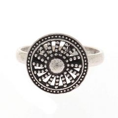 Glossy Oxidized Finish Round Shield Design Silver Toe Ring