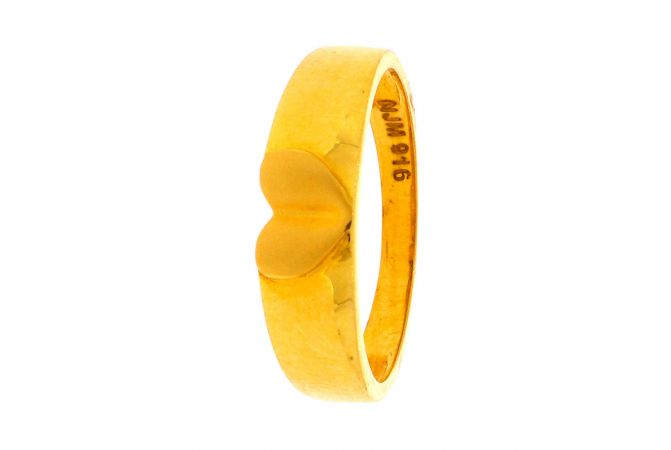 Matte Finish Heart Band Design Gold Ring