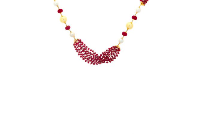 Glossy Finish Linked With Synthetic Ruby Pearl Gold Necklace