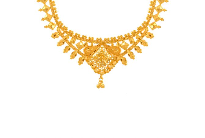 Delicate Danity Traditional Gold Necklace