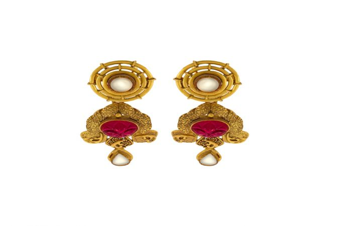 Antique Textured Kundan Gemstone Dangler Gold Earrings