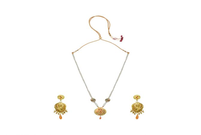 Pleasing   Gemstone Thewa Necklace Set