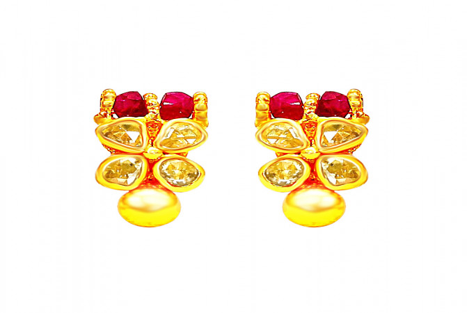 Traditional Natural Uncut Diamond Yellow Gold 22kt Gemstone Stud Earrings -283-UD34