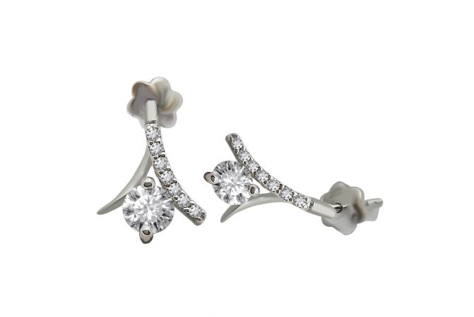 18kt White Gold Pave Prong Set Cluster With Solitaire Diamond Tulip Earring-6WIGT