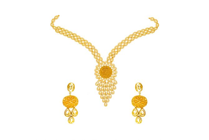Ceremonial Filligree Gold Necklace Set