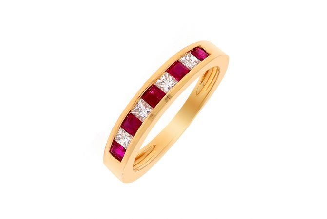 Glittering Synthetic Ruby Diamond Gold Band