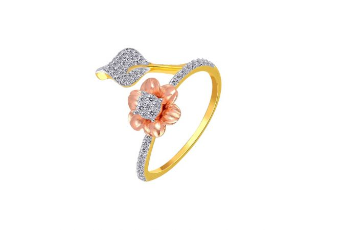 Dazzling Two Tone Prong Set Floral Mounted Design Gold Diamond Ring