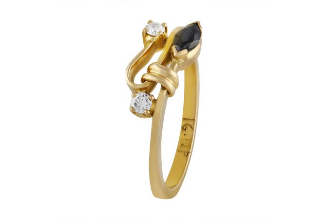 Glittering Knot With Black Stone With Diamond Studded Ring - DR97