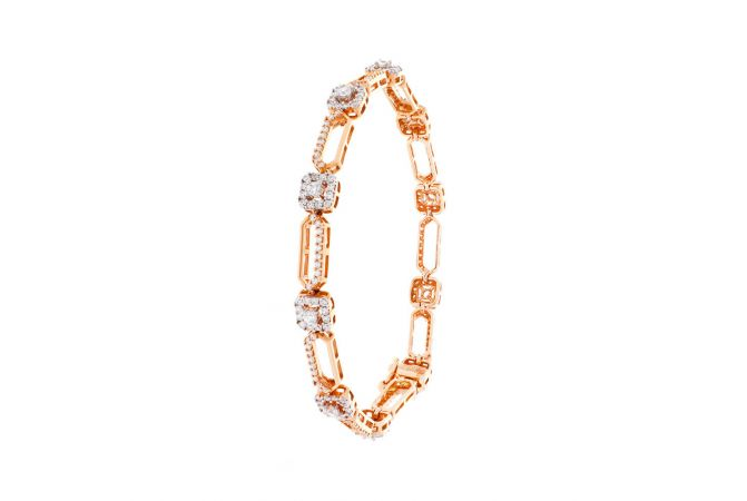 Scintillating Framing Bracelet