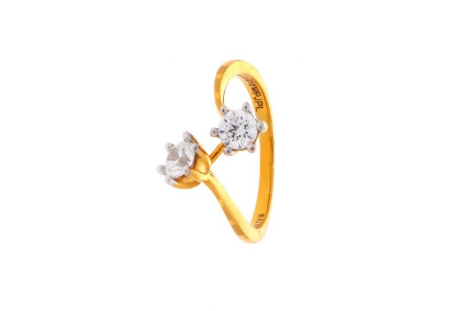 Glossy Finish Twisted Solitaire Design Studded With CZ Gold Ring