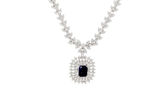 Sparkling Leafy Design Studded With Synthetic Detachable Stone Diamond Necklace-NKA559-8045-6853-001