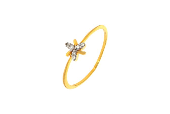 Delicate Floral Diamond Ring