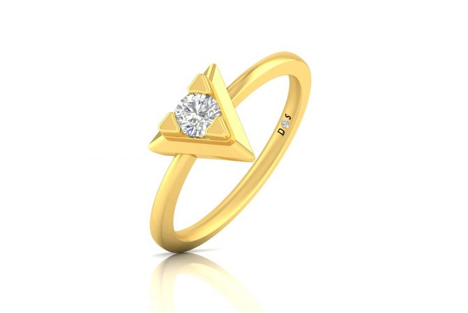 Pyramidal Women's Solitaire Ring