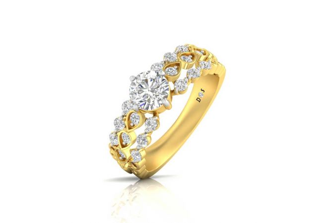Sparkling Prong Set Solitaire With Side Diamond Band Ring