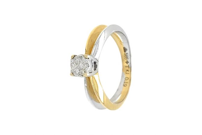 Sparkling Two Tone Solitaire Diamond Ring