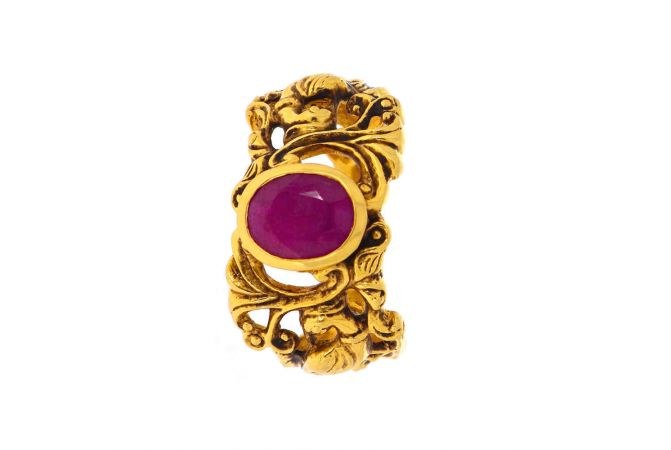Matte Antique Finish Leafy Design Studded With Synthetic Ruby Gold Ring