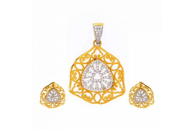 Glossy Finish Trident Contemporary Design With CZ Studded Gold Pendant Set